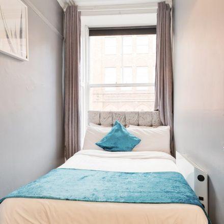 Rent this 1 bed apartment on Temple Bar in Grattan Bridge, North City ED