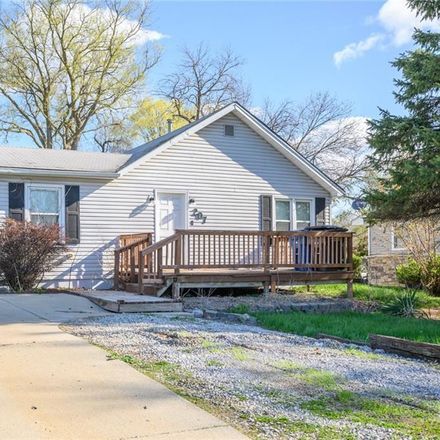 Rent this 2 bed house on 207 McKinley Avenue in Des Moines, IA 50315