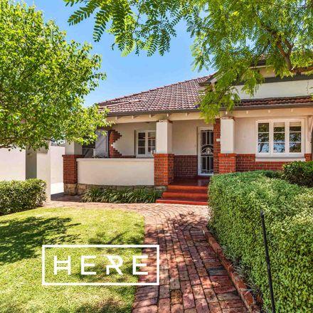 Rent this 3 bed house on 6 Tasman Street