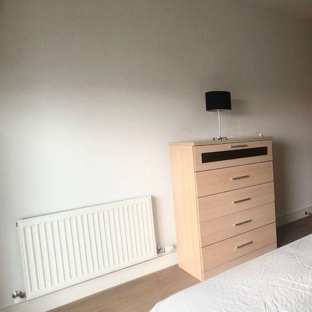Rent this 2 bed room on Spirit Skoda in T28 Rowan Avenue, Blackthorn
