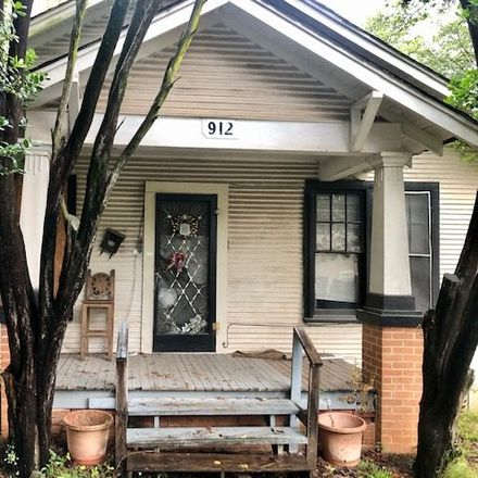 Rent this 2 bed house on N 7th St in Longview, TX