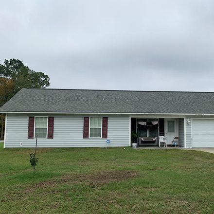 Rent this 3 bed house on 312 Lucerne Street in Baxley, GA 31513