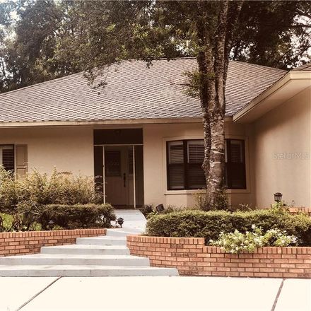Rent this 3 bed house on 3391 W Cedarbrook Ct in Lecanto, FL