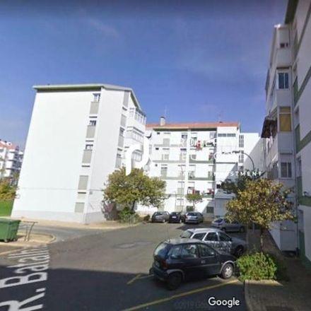 Rent this 3 bed apartment on Escola EB1 Conde Ferreira in Avenida Duarte Pacheco, 2780-316 Oeiras e São Julião da Barra