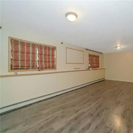 Rent this 5 bed house on 350 44th Street in Lindenhurst, NY 11726
