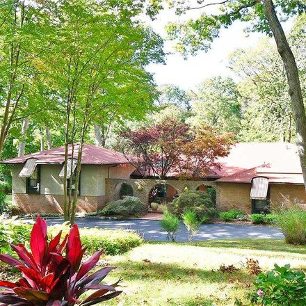 Rent this 5 bed house on Muttontown Ln in East Norwich, NY