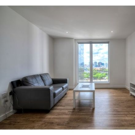 Rent this 3 bed apartment on X1 The Exchange in 8 Elmira Way, Salford M5 3NQ