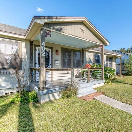 Rent this 3 bed apartment on 402 Flagler Boulevard in St. Augustine, FL 32080