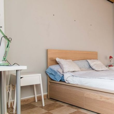 Rent this 4 bed apartment on Carrer del Doctor Lluch in 46011 Valencia, Spain