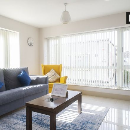 Rent this 3 bed apartment on Winter Garden in Pearse Street, Dublin 2