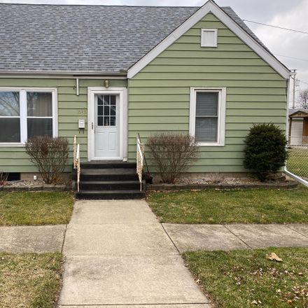 Rent this 3 bed house on 1585 West River Street in Kankakee, IL 60901