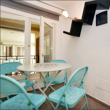 Rent this 0 bed apartment on Via dei Guicciardini in 4 R, 50125 Florence Florence