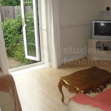 Rent this 0 bed apartment on Lyncombe Walk in Bristol BS16 4DF, United Kingdom