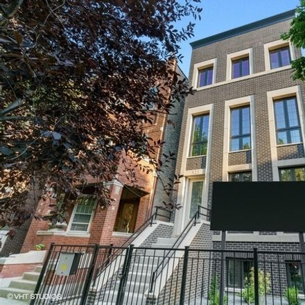 Rent this 4 bed condo on 823 West George Street in Chicago, IL 60657