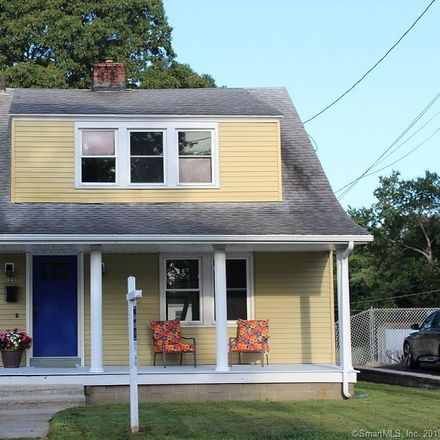 Rent this 3 bed house on 33 Division Street in Groton, CT 06340
