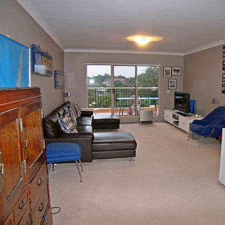 Rent this 2 bed apartment on 38/2a Palmer Street