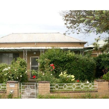 Rent this 3 bed house on 42 Station Place