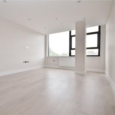 Rent this 1 bed apartment on Staines Road West in Spelthorne TW16 7BF, United Kingdom