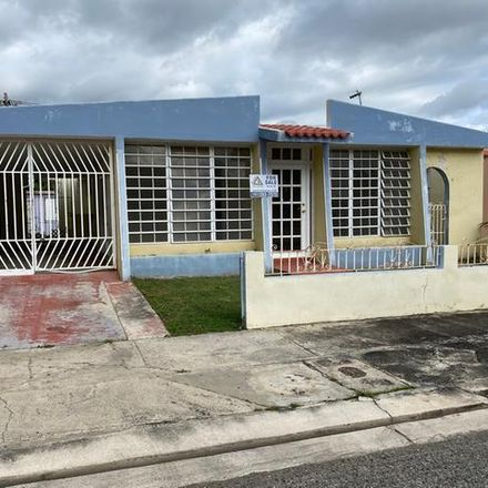 Rent this 4 bed house on PR 00716