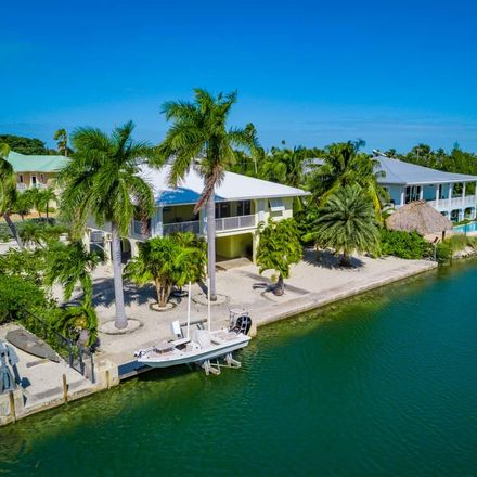 Rent this 3 bed house on Bonefish Ln W in Summerland Key, FL