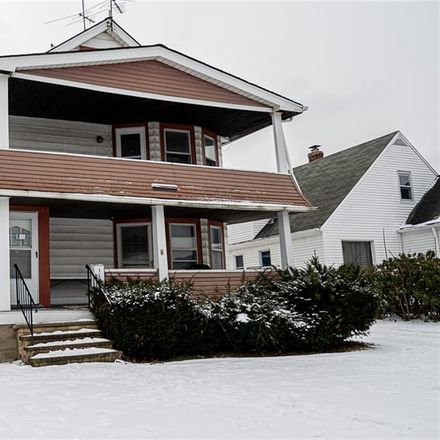 Rent this 4 bed duplex on 11008 Park Heights Avenue in Garfield Heights, OH 44125