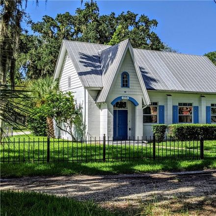 Rent this 3 bed house on W Seminole Pl in Homosassa, FL