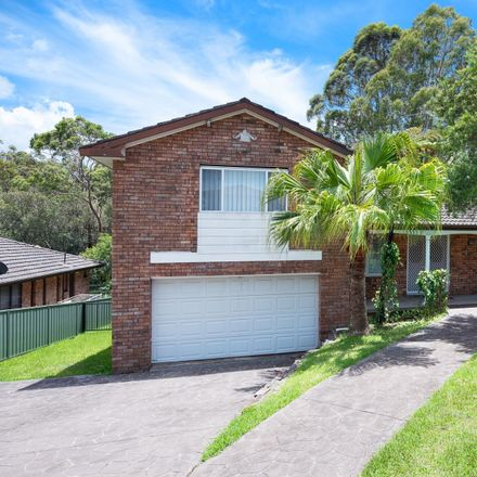 Rent this 5 bed house on 25 Kenton Crescent