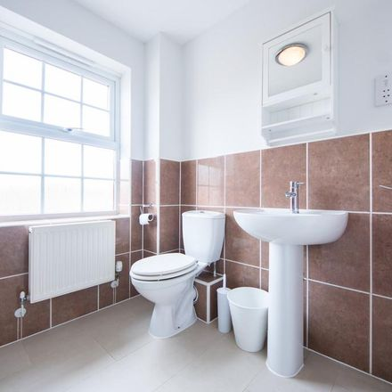 Rent this 1 bed room on Chrysanthemum Drive in Shinfield RG2 9DQ, United Kingdom