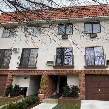 Rent this 2 bed condo on 5 Schorr Dr in College Point, NY