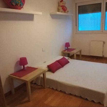 Rent this 2 bed room on Av. Nueva Montaña in 39011 Santander, Cantabria