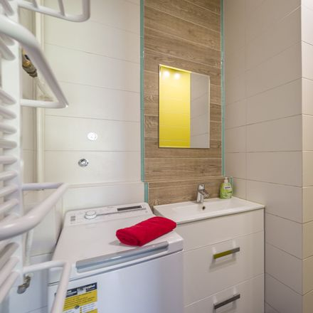 Rent this 6 bed room on Stanisława Skarżyńskiego 6D in 80-463 Gdansk, Poland