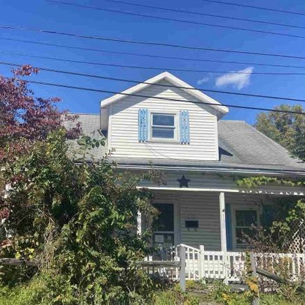 Rent this 4 bed house on Chestnut St in Rivesville, WV