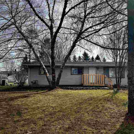 Rent this 3 bed house on 2285 Sunshine Lane in Beloit, WI 53511