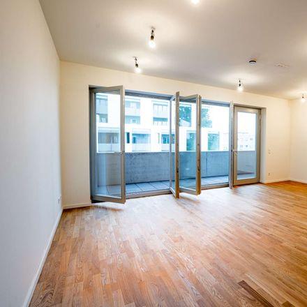 Rent this 3 bed apartment on Lager in Ida-von-Arnim-Straße, 10115 Berlin
