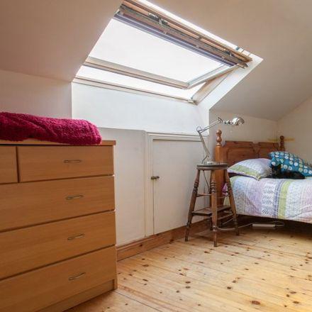 Rent this 6 bed apartment on 26 Saint John's Court in Clondalkin-Village ED, Dublin 22