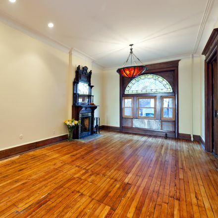 Rent this 5 bed apartment on 517 2nd Street in New York, NY 11215