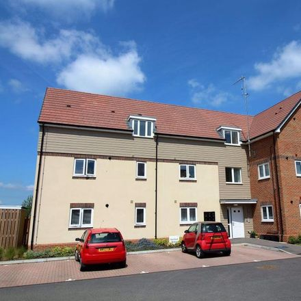 Rent this 2 bed apartment on Tainter Close in Rugby CV21 1GF, United Kingdom