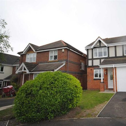 Rent this 3 bed house on Plovers Way in Fylde FY3 8FE, United Kingdom