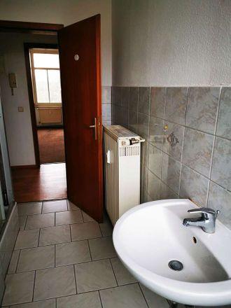 Rent this 2 bed apartment on Güterbahnhofstraße 12 in 08371 Glauchau, Germany