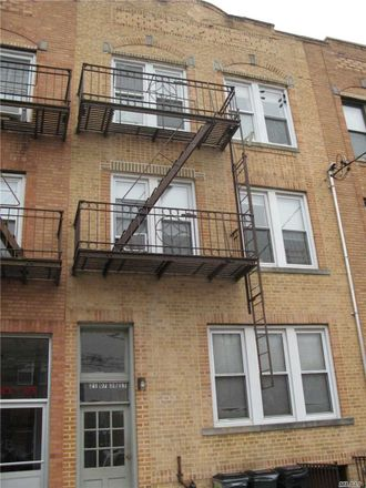 Rent this 1 bed apartment on 38th St in Astoria, NY