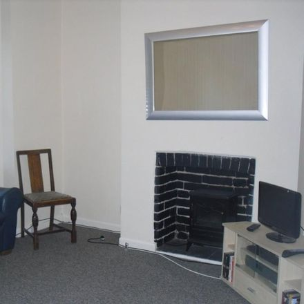 Rent this 5 bed house on 49 Pinhoe Road in Exeter EX4 7HS, United Kingdom