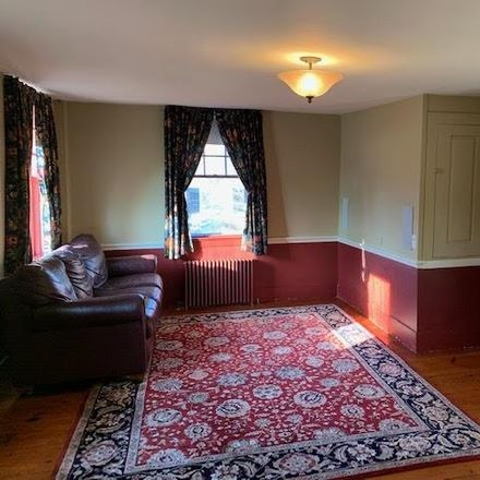 Rent this 5 bed house on 11 Stark Highway in Dunbarton, NH 03046