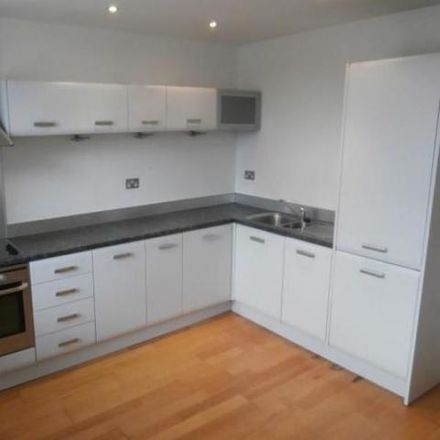 Rent this 2 bed apartment on Waterloo Mill in Howden Road, Bradford BD20 0HL