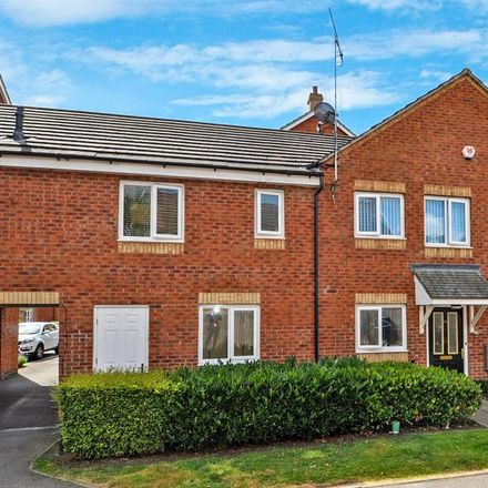 Rent this 2 bed apartment on Magnet Trade in 3 Pitchcombe Close, Redditch B98 8YN