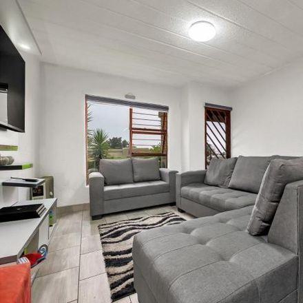 Rent this 2 bed townhouse on South Africa