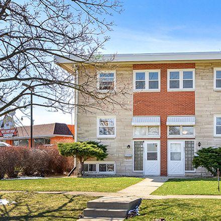 Rent this 3 bed townhouse on 803 Clement Street in Joliet, IL 60435