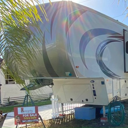 Rent this 1 bed house on US Hwy 41 N in Palmetto, FL