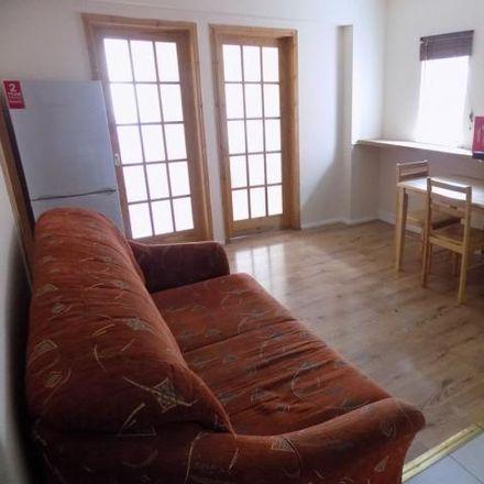 Rent this 2 bed apartment on Royal British Legion Club in Marsh Road, Luton LU3 2QP