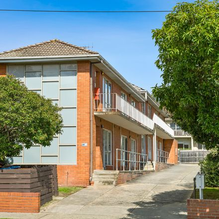 Rent this 1 bed apartment on 4/1492 Malvern Road