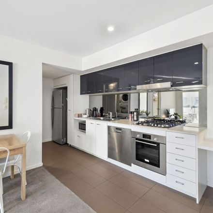 Rent this 1 bed apartment on Level 2 in 204/11-17 Lytton  Road, East Brisbane